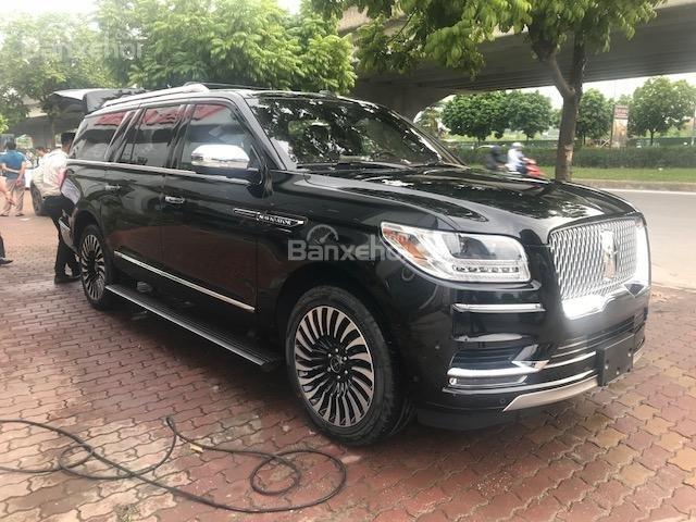 Bán Lincoln Navigator Navigator Black Label năm sản xuất 2019 màu đen, nhập khẩu-1