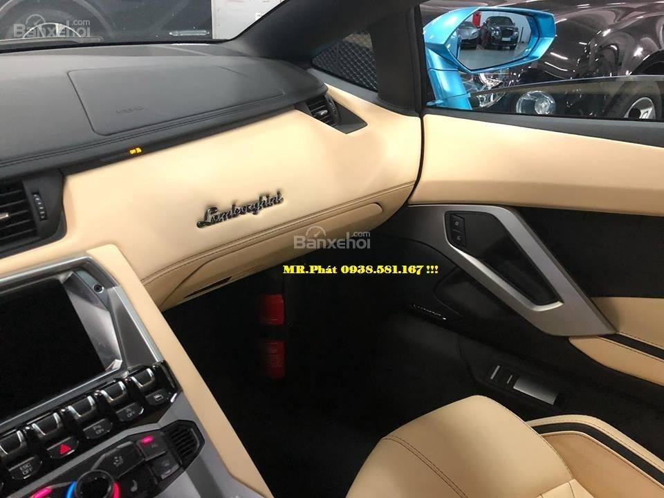Cần bán xe Lamborghini Aventador S Roadster sản xuất năm 2018, màu xanh lam, nhập khẩu nguyên chiếc-3