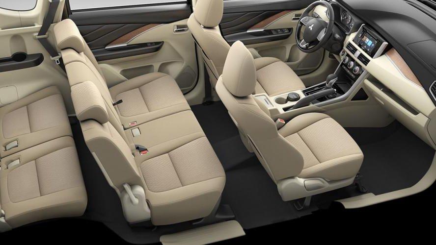 Xe gia đình nhập khẩu tầm 600 triệu, chọn tân binh Mitsubishi Xpander hay Suzuki Ertiga thế hệ mới? 8.