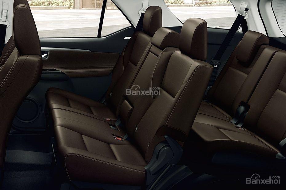 """Ảnh Toyota Fortuner TRD 2018 - Bản thể thao """"hot"""" TMV vẫn nợ khách Việt a14"""