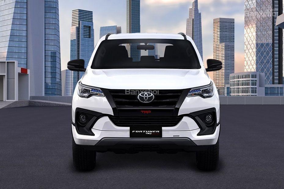 """Ảnh Toyota Fortuner TRD 2018 - Bản thể thao """"hot"""" TMV vẫn nợ khách Việt a2"""