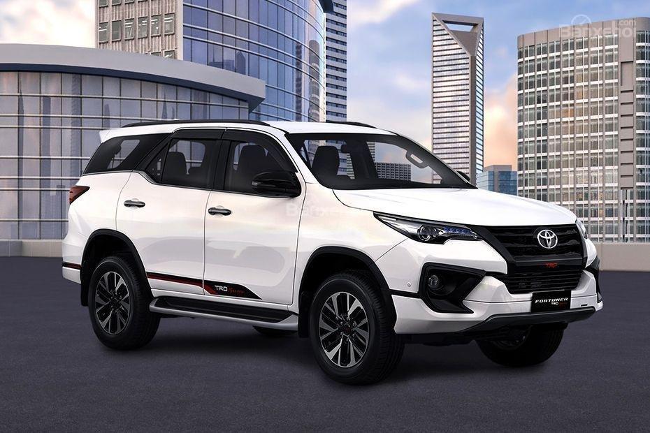 """Ảnh Toyota Fortuner TRD 2018 - Bản thể thao """"hot"""" TMV vẫn nợ khách Việt a3"""