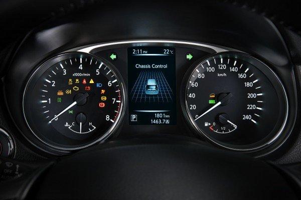 Đánh giá xe Nissan X-Trail V-series 2019: Thiết kế đồng hồ lái 1