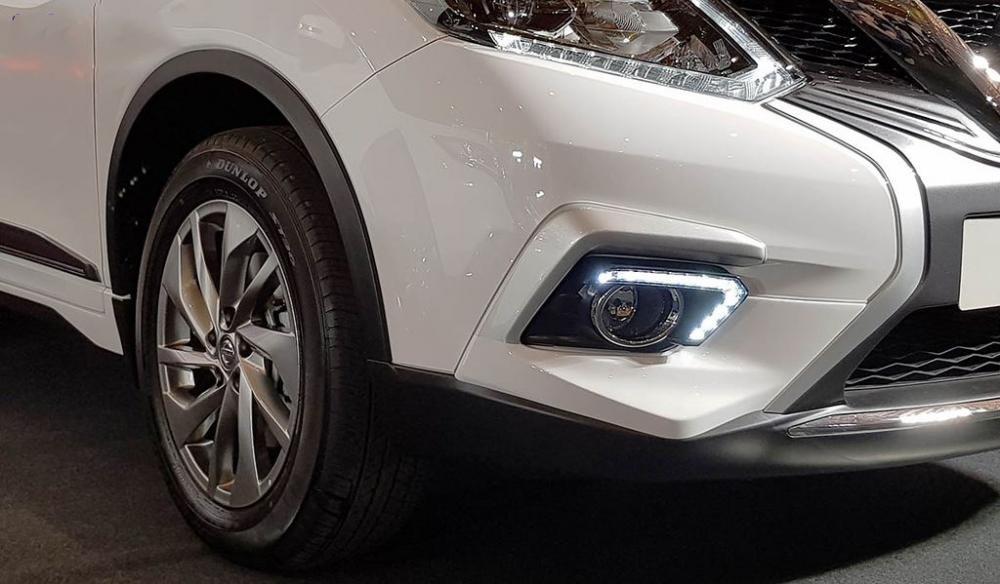 Đánh giá xe Nissan X-Trail V-series 2019: Đèn sương mù