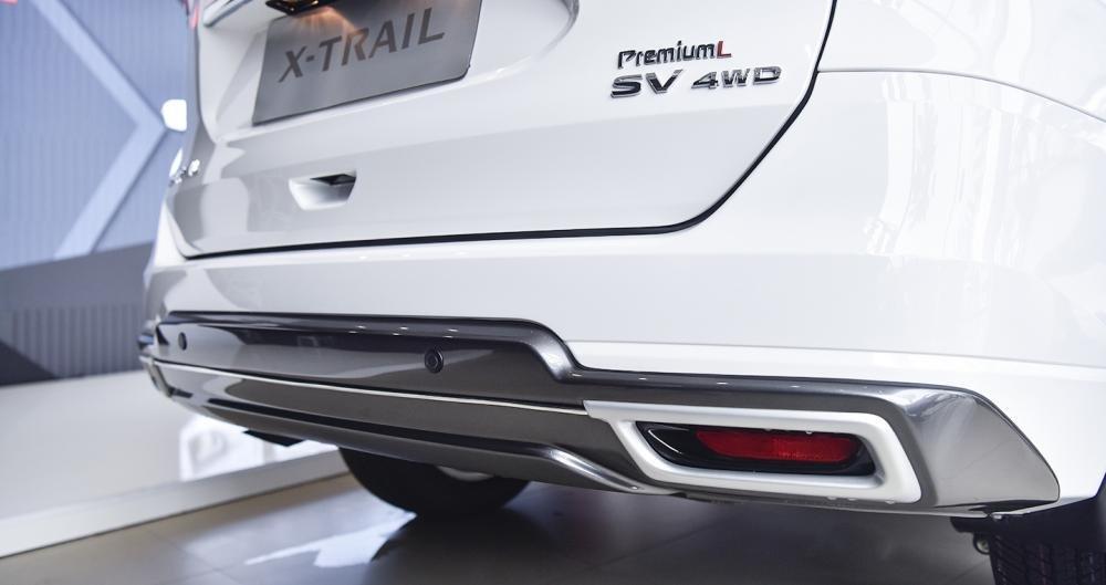 Đánh giá xe Nissan X-Trail V-series 2019: Ống xả kép nổi bật 1