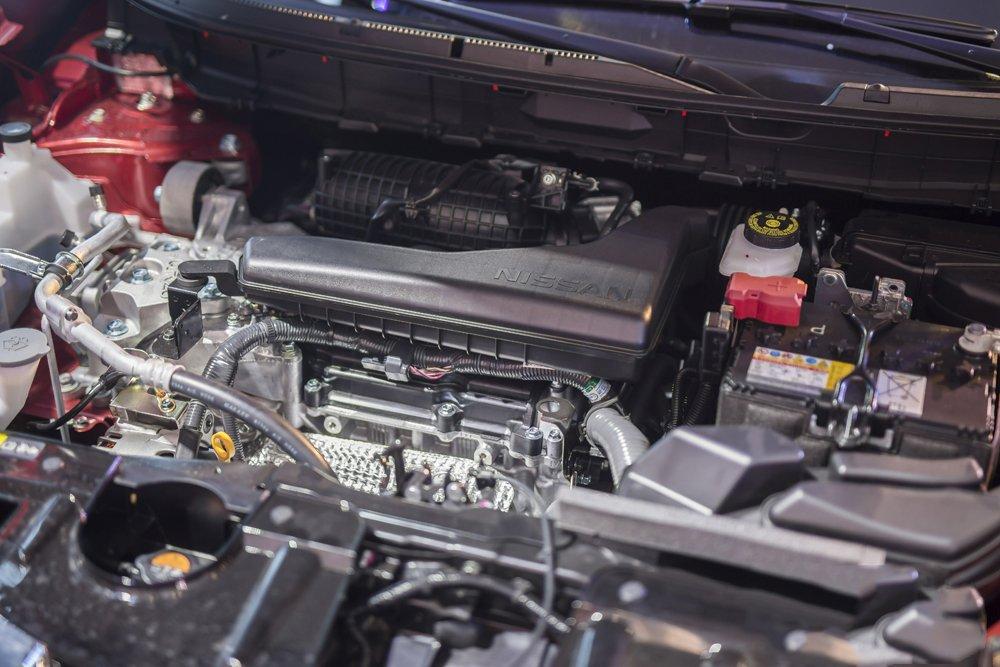Nissan X-Trail V-Series 2019 cung cấp cho người dùng 2 phiên bản động cơ là 2.0L và 2.5L 1