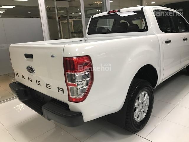 Ford Ranger XLS, XL, XLT 2.2L mới, có xe giao ngay, tặng nắp, lót, kính, sàn, cam, hỗ trợ trả góp 90%, LH 0911.777.866-2