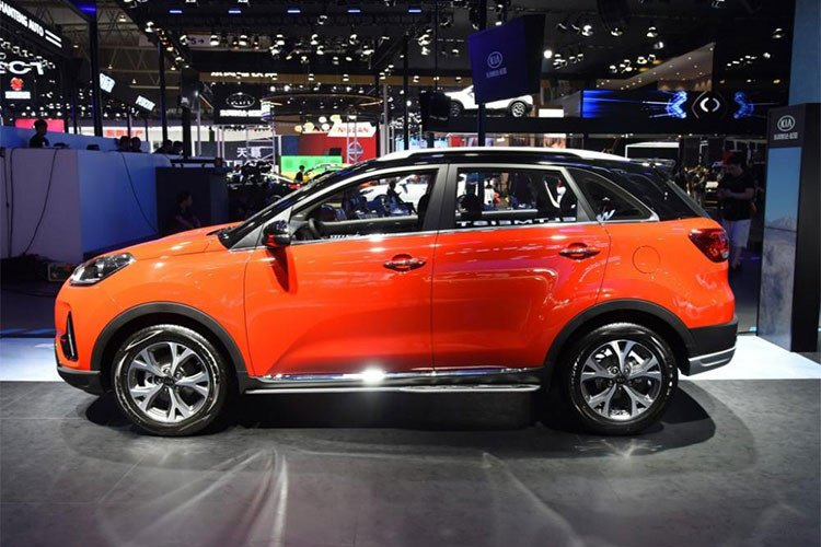 Kia KX3 2019 công bố giá niêm yết từ 373 triệu đồng, cạnh tranh Ford EcoSport - Ảnh 1.
