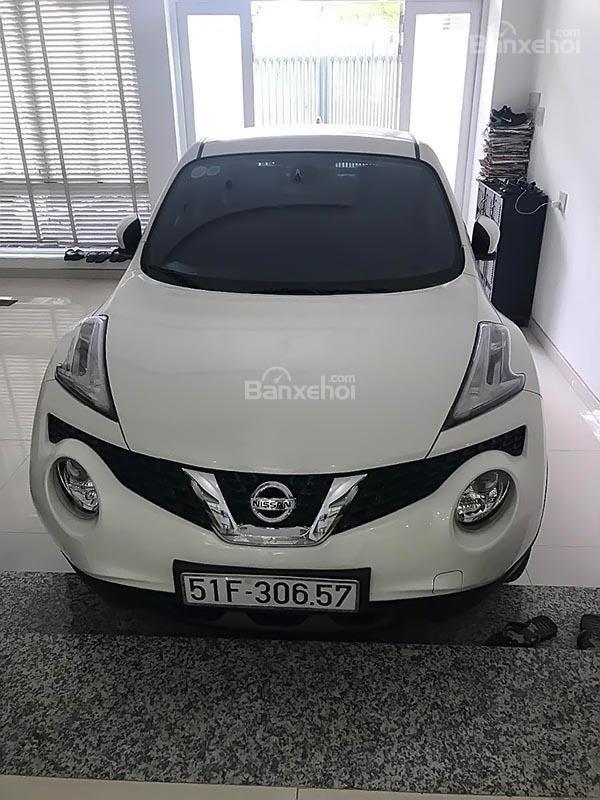 Bán Nissan Juke 1.6 AT sản xuất 2015, màu trắng, nhập khẩu còn mới (2)