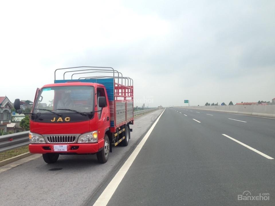 Phân phối bán xe tải Jac 2,4 tấn Hải Phòng, xe tải 2.4 Hải Phòng chất lượng Isuzu (5)