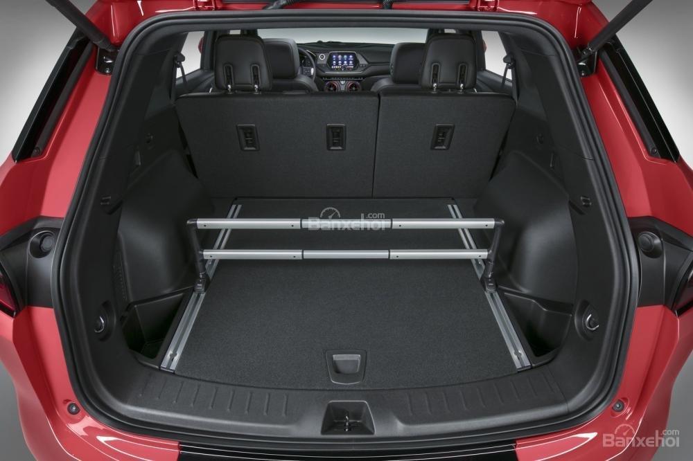 . Đánh giá xe Chevrolet Blazer 2019 về khoang hành lý...