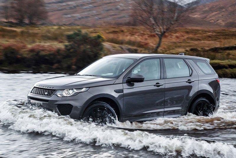 10 mẫu SUV địa hình cỡ nhỏ tốt nhất hiện nay: Xe Jeep được đánh giá cao 5.