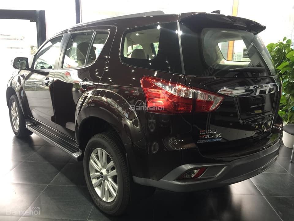 Bán xe Isuzu Mu-X đời 2018, màu nâu cafe, nhập khẩu, mua xe nhận ngay quà tặng trị giá 20 triệu đồng-2