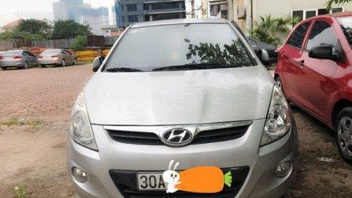 Cần bán gấp Hyundai i20 2011, chính chủ (1)