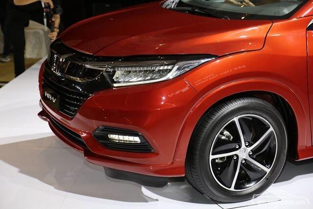Đánh giá xe Honda HR-V 2019 L: Đèn sương mù 1