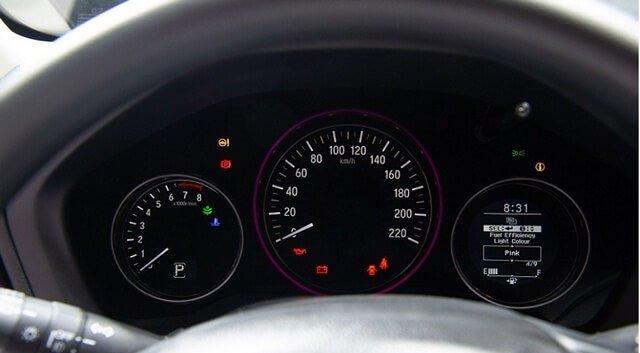 Đánh giá xe Honda HR-V 2019 L: Thiết kế đồng hồ lái 1