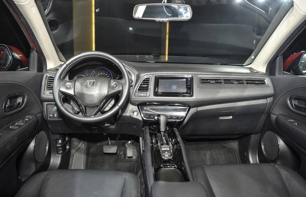 """Nội thất của Honda HR-V 2019 L được thiết kế dựa trên nguyên lý """"Thiết kế chữ H đầy hứng khởi"""" a1"""