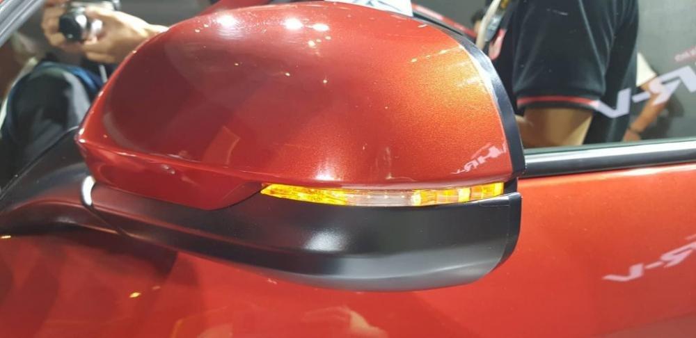 Đánh giá xe Honda HR-V 2019 L: Gương chiếu hậu chỉnh điện, gập điện 1