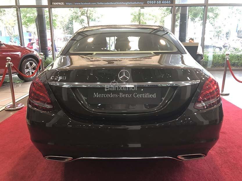 Bán xe Mercedes C250 cũ đăng ký 2018 màu nâu, chạy 12135 km, còn rất mới giá rẻ-5