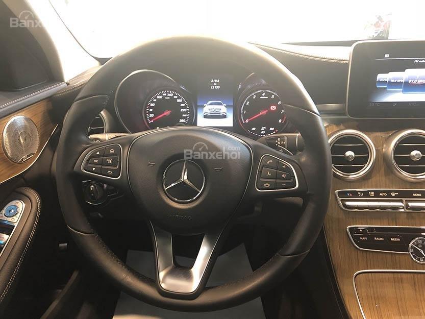 Bán xe Mercedes C250 cũ đăng ký 2018 màu nâu, chạy 12135 km, còn rất mới giá rẻ-9