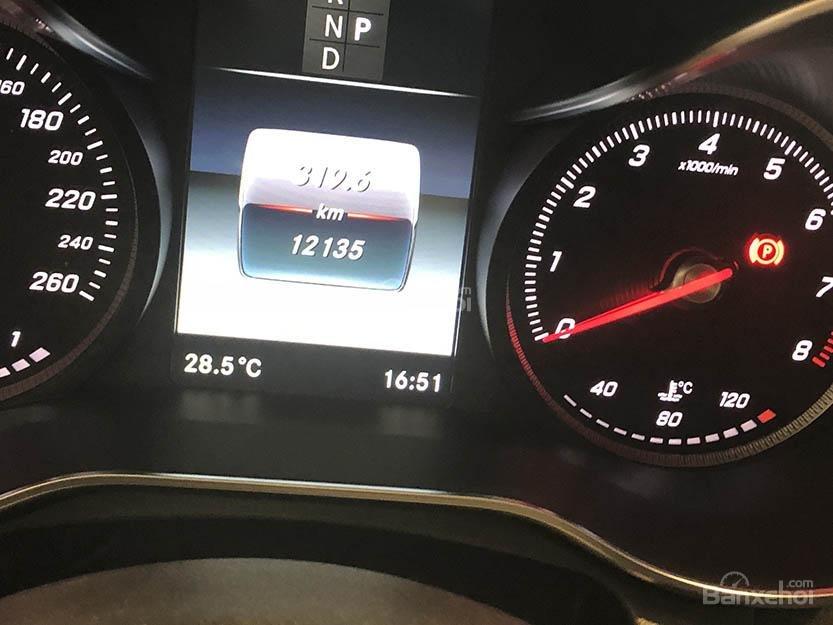 Bán xe Mercedes C250 cũ đăng ký 2018 màu nâu, chạy 12135 km, còn rất mới giá rẻ-11