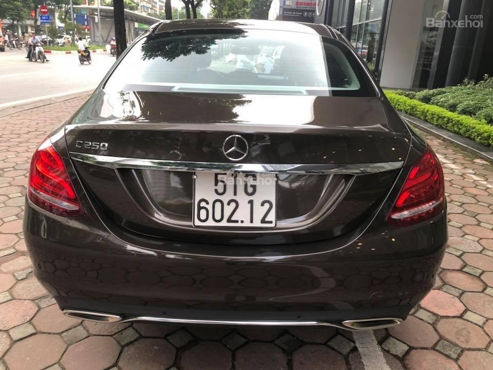 Bán Mercedes C250 cũ SX 2017, siêu đẹp-3