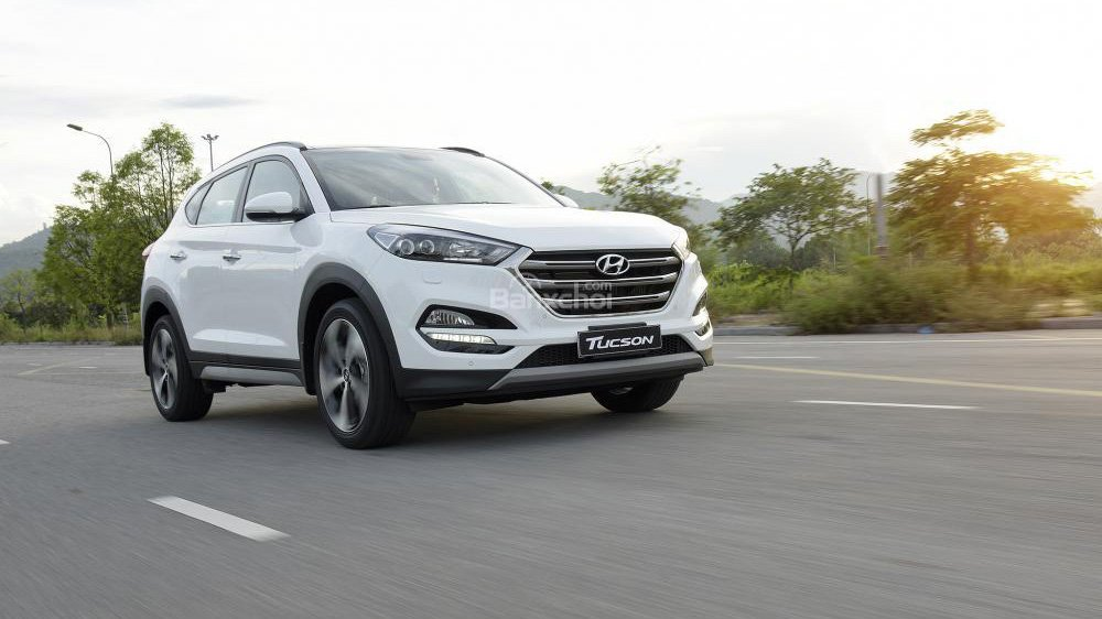 Tầm giá 900 triệu đồng, chọn mua Honda HR-V 2019 hay Hyundai Tucson 2018? 11.