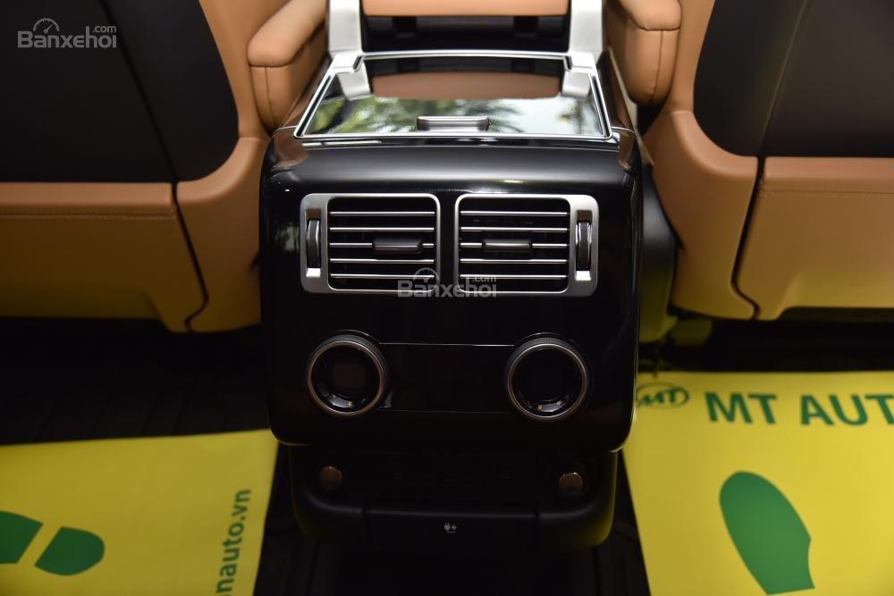Bán LandRover Range Rover Autobio LWB đời 2018, màu trắng, nhập khẩu nguyên chiếc Mỹ giá tốt-17