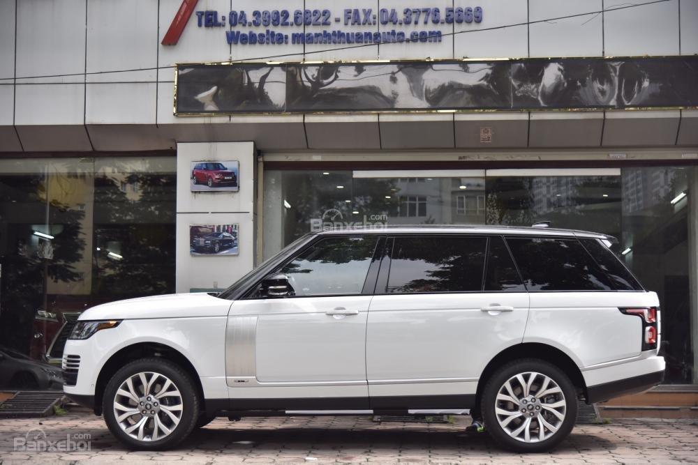 Bán LandRover Range Rover Autobio LWB đời 2018, màu trắng, nhập khẩu nguyên chiếc Mỹ giá tốt-3
