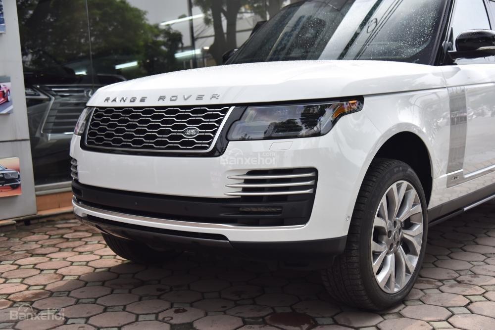 Bán LandRover Range Rover Autobio LWB đời 2018, màu trắng, nhập khẩu nguyên chiếc Mỹ giá tốt-1