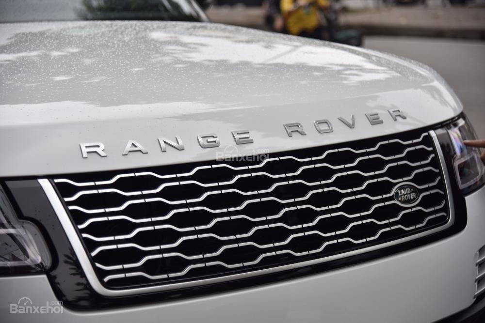 Bán LandRover Range Rover Autobio LWB đời 2018, màu trắng, nhập khẩu nguyên chiếc Mỹ giá tốt-2
