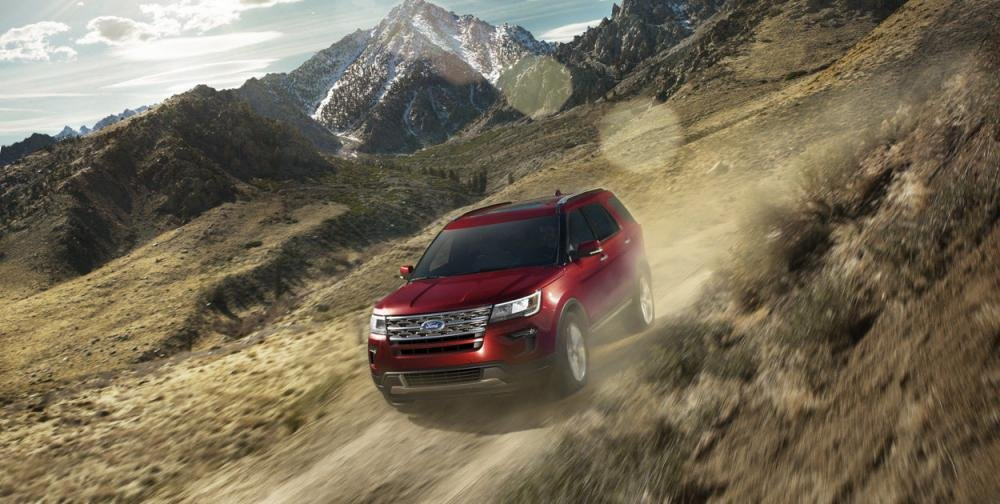 Đánh giá xe Ford Explorer 2019: Cho cảm giác lái tốt.