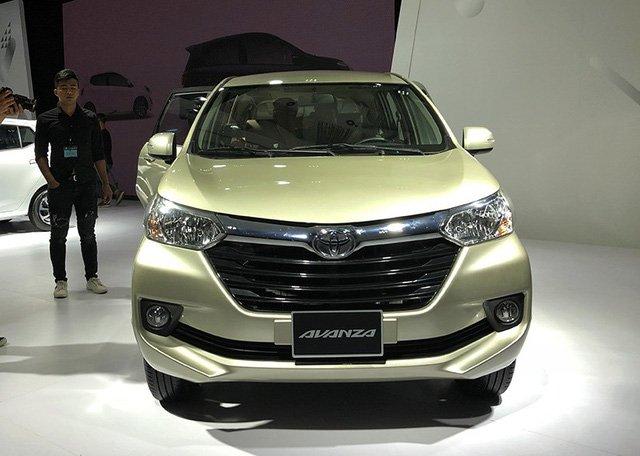 So sánh Mitsubishi Xpander và Toyota Avanza về đầu xe 4
