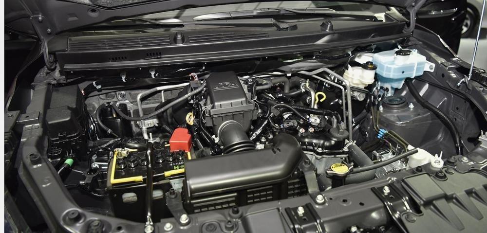 Toyota Avanza phù hợp để lái trong đô thị hơn Toyota Rush .