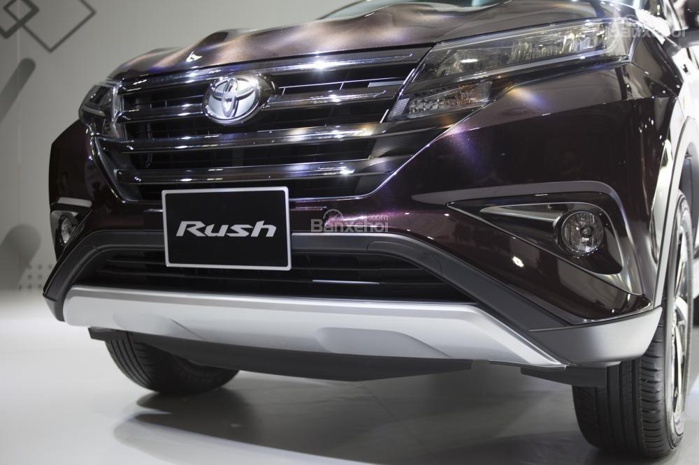 Trang bị đầu xe Toyota Rush 2018