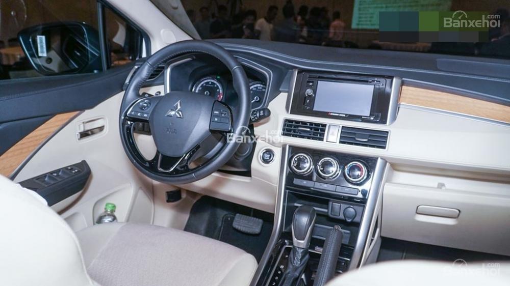 Vô lăng trên Mitsubishi Xpander 2018