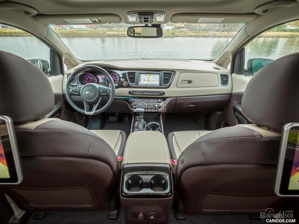 Đánh giá xe Kia Sedona 2019 - táp lô - 1