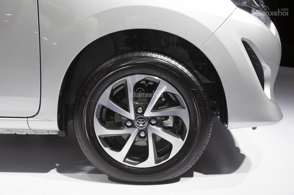 Mâm xe trên Toyota Wigo