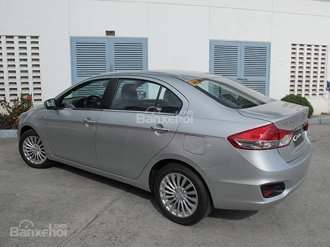 Cần bán xe Suzuki Ciaz 2019, màu bạc, đưa trước 150 triệu lấy xe-4