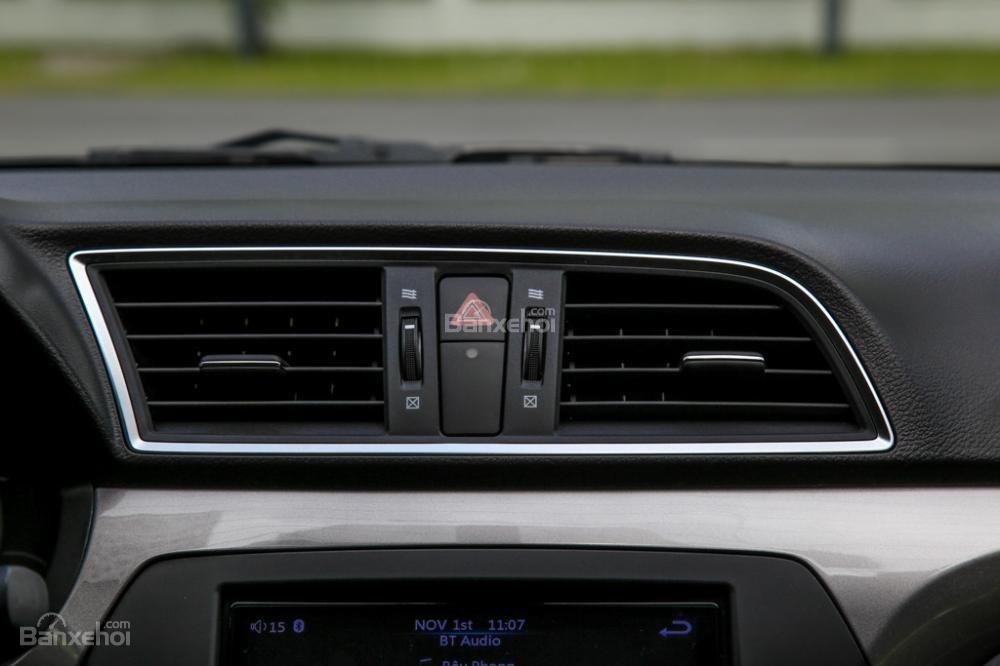 Cần bán xe Suzuki Ciaz 2019, màu bạc, đưa trước 150 triệu lấy xe-5