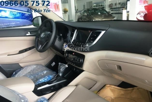 Bán Hyundai Tucson 2.0 bản đặc biệt, màu trắng, xe giao ngay-6