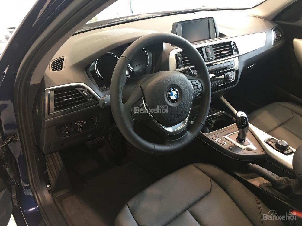 BMW Phú Mỹ Hưng - BMW 1 Series 118i 2018, nhập khẩu nguyên chiếc. Liên hệ: 0938805021 - 0938769900-3