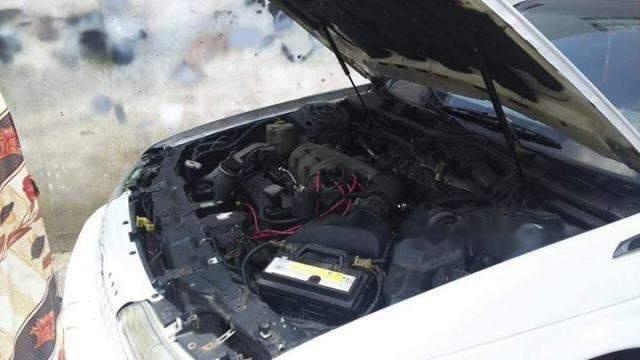 Bán ô tô Ford Taurus 2000, màu trắng, giá 105tr (3)