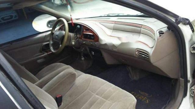 Bán ô tô Ford Taurus 2000, màu trắng, giá 105tr (4)