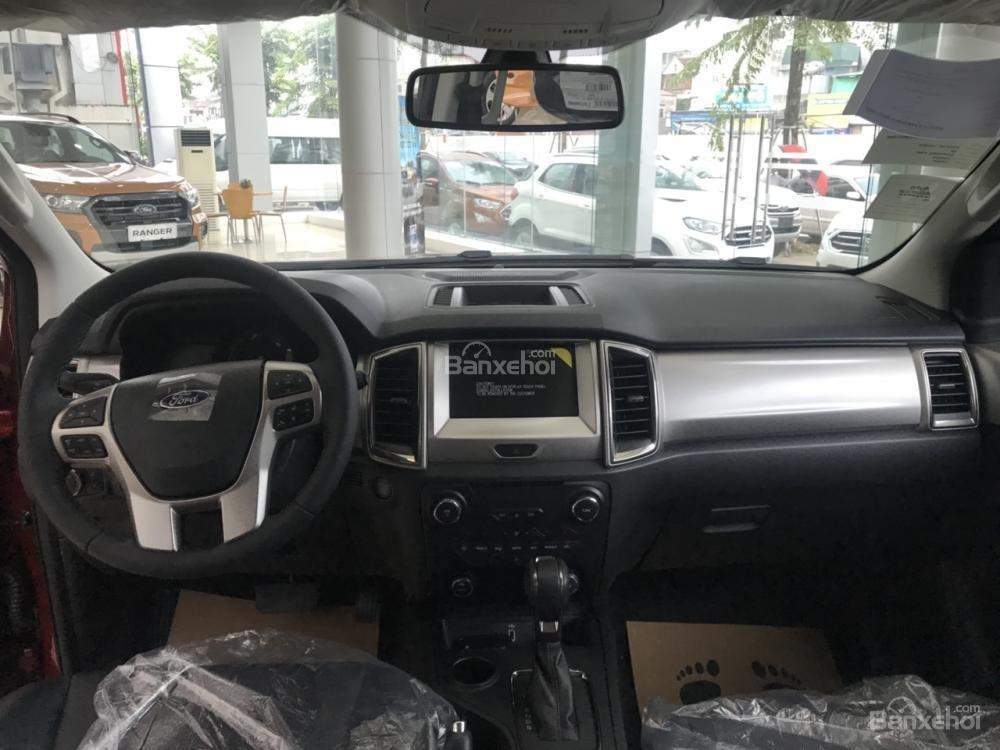 Cần bán Ford Everest Trend 2.0 AT sản xuất năm 2019, màu đỏ, nhập khẩu nguyên chiếc (7)