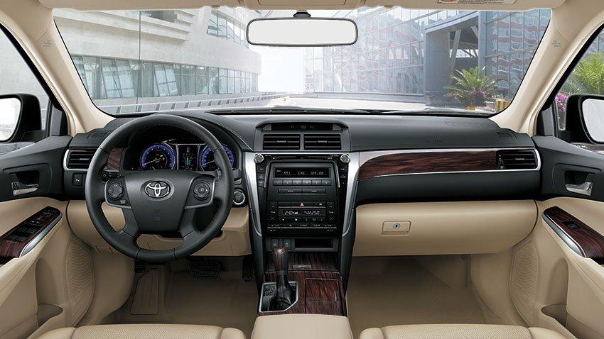 Nội thất Toyota Camry 2018 tại Việt Nam