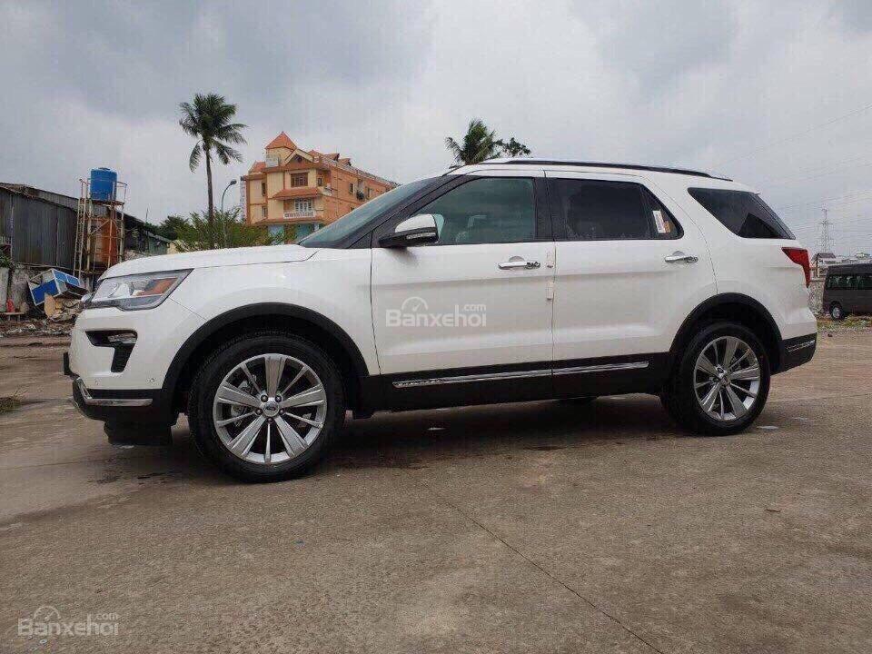 Bán ô tô Ford Explorer 2.3L Ecoboost Limited form 2018, màu trắng, xe nhập Mỹ, hỗ trợ thủ tục trả góp 80%-2