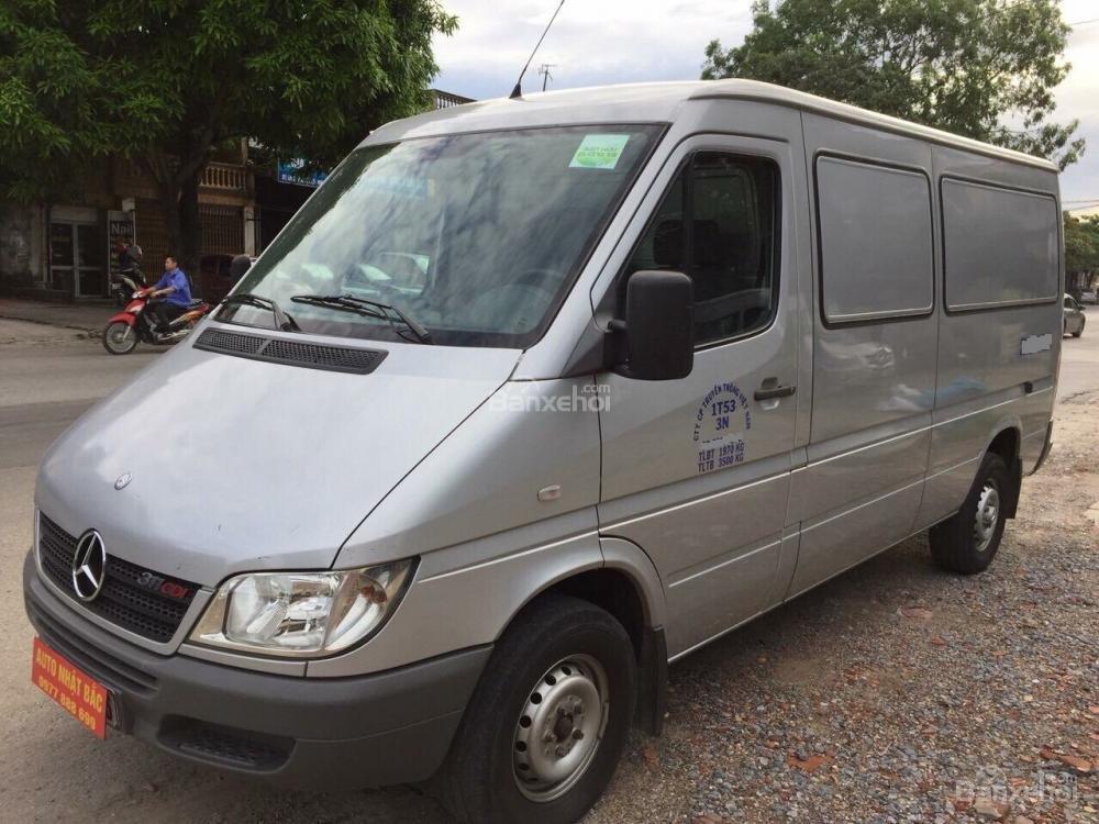 Bán xe tải Van 3 chỗ, đời 2009, tải trọng được phép trở 1530 kg, hiệu Mec Sprinter-4