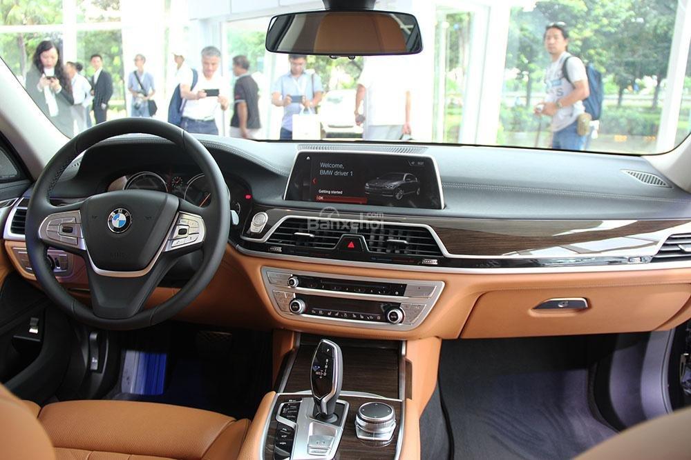 Nội thất BMW 750Li