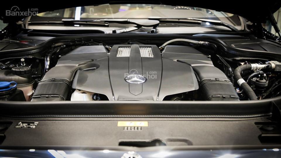 Động cơ của Mercedes-Benz S450 Luxury